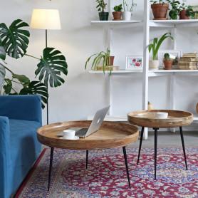 Набор столиков из массива